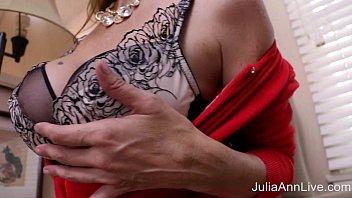 joi julia ann solo Webcam brunette sort of