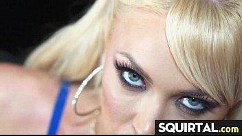 latina work squirt Ich rasiere meine fotze