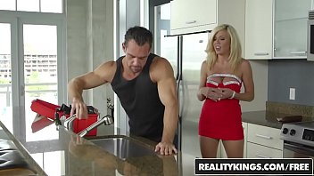 milf bree hunter Real adventures 101