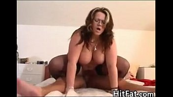 american woman big hips Gaun wali sex