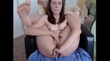 bedroom porn french Extremely horny babe peeing on a terrace