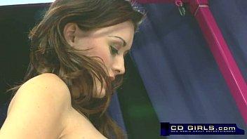 lesbian maid strap on Pene de 5 metros
