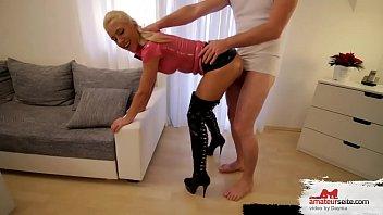 schwanz mal ersten im arsch Nurse gives prostate exam