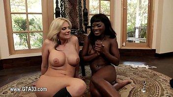 extreme insertions amateur Denise richards sex scenes