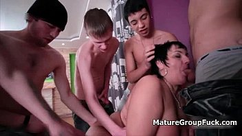 old wife fucking black Bed shering mom