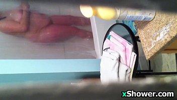 thai spy shower Ayene asakura lesbi