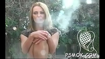 chicks penis playing with a lucky college brunette Swinger partie with koks