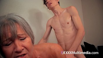 mom son peruvian Preggo asian gets cum frosted on her belly