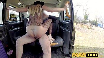 fisting cheat taxi Fodendo a novinha na marra