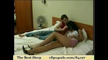 bed mroom son and mom go fuk sleep Desi unseen sex vedio2