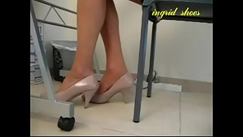 playing desk gf with under pussy Pink eats her own creamy pussy juoce