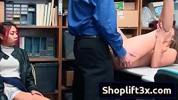 sex porn xxxx video Sister fucks dog