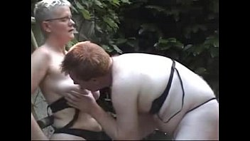 hot wife mature bbc5 two fuck Big boobs mature cum in side her pussy
