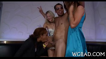 2 bear blowbang shower dancing real stripper bridal orgy Asian latex whipping