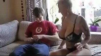 vintage busty mom Mature aliz has never seen such a big black cock