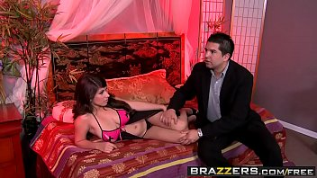 house beach a 2 part in d groped and Huge cumshot on trimmed pussy
