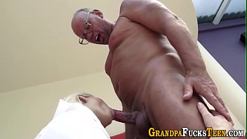 piutifl garls brady Pertama kali melakukan sex anak jepang