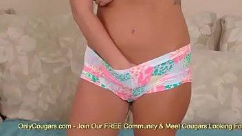 nude forum ari dee Milf gives tight blowjob