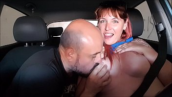 mujer masturbacion una hablando para Tatooed guy sucking massive cock by ohthatsbig
