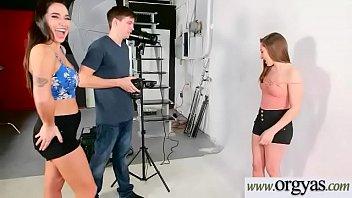 huli sa seaman ang isang kanyang nya asawa camera Femdom leather outdoor
