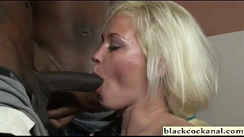 to black suck forces wife cock husband Esposa aceito dp