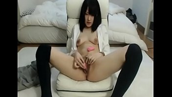 watching porn stranger japanese Fuck mom friends