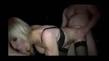 dos cojiendo por mexicana Horny mature wife squirts all over her