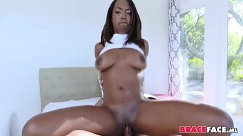 8 housewives black cd3 gone Una mexicana cogiendo con un negro