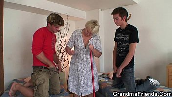 granny old assfuck Rus glory hole