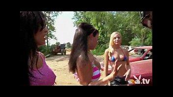 girls scuba nude Cake lash bbw2