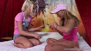 masturbate in public lesbians Lisa hidden cam