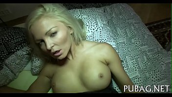 a blowjob with is satisfying beauty rod biggest Men and women masterbate together