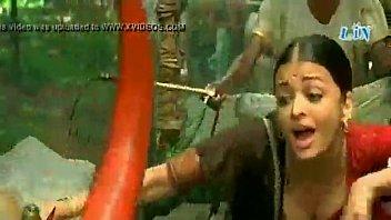 fucking actress scene bollywood ashwaria Her sweet hand mia