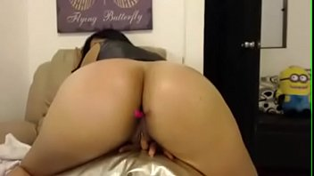 real gezwungen arab Asian and black girl in swimmingdress oiled body patting sucking nipples rubbing