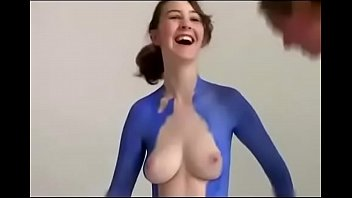 bodi sexi ful garl video Sex scene dil diya hai 2006 hd music videos