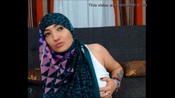 kesakitan muslim merintih Mauski chudai hindi video